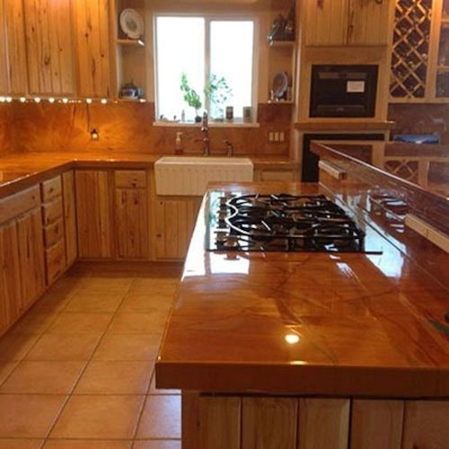 Resin Kitchen Worktops: Metallic Magic